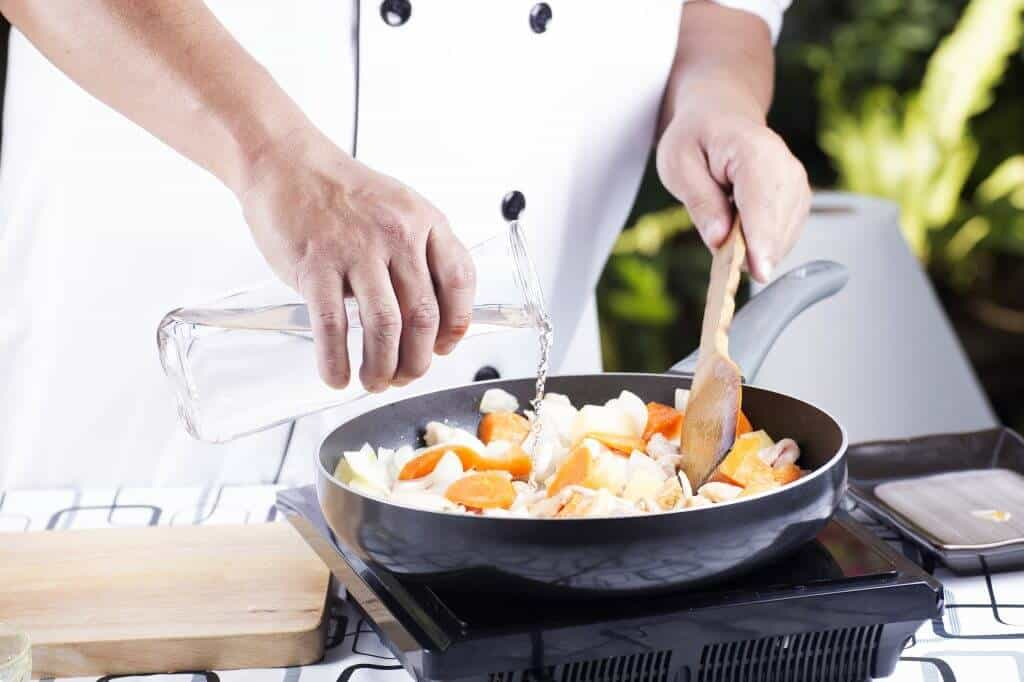 How to Make Japanese Curry - Adding Water