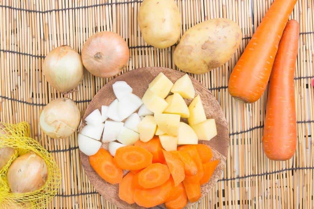How to Make Japanese Curry - Cutting Carrots, Potatoes, and Onions