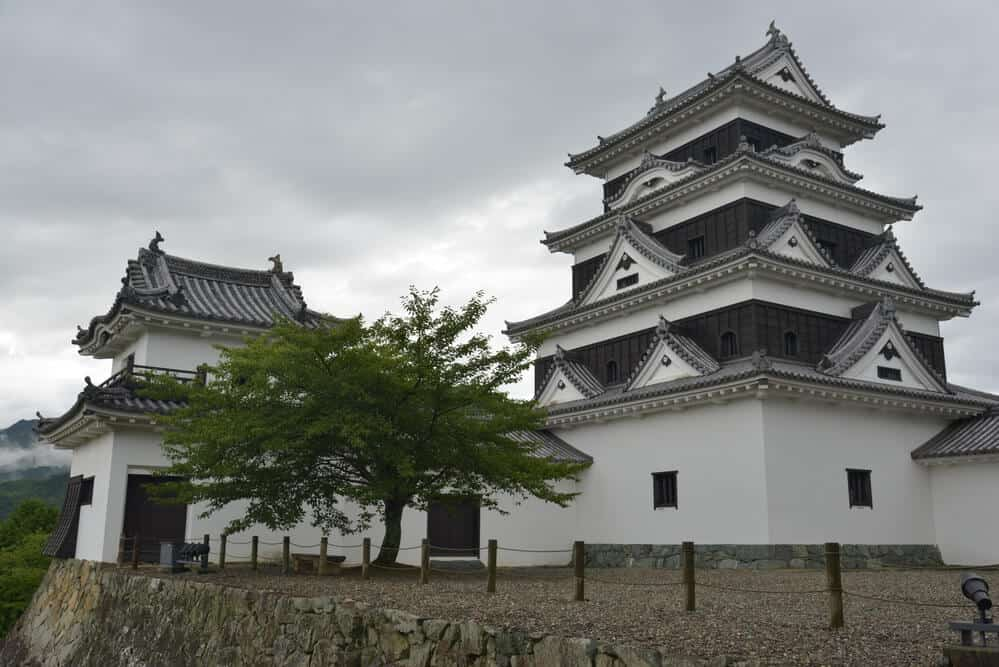Top 10 Japanese Castles - Ozu Castle