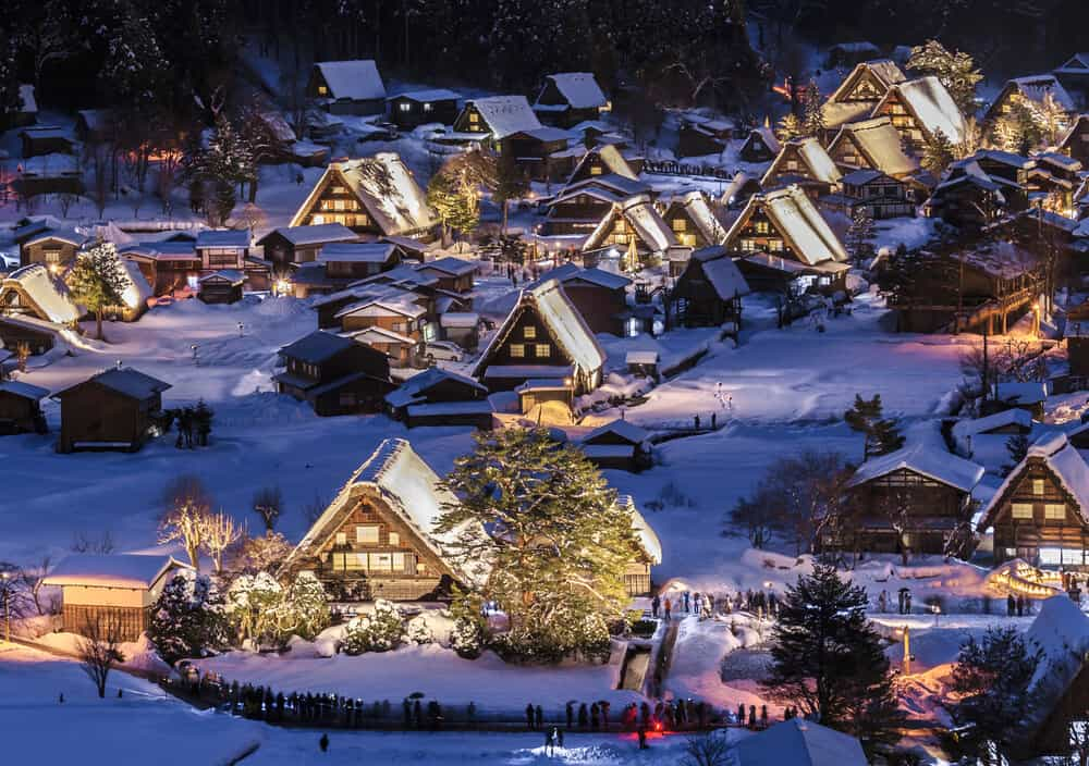 Best Time to Visit Japan - Winter Shirakawa-go