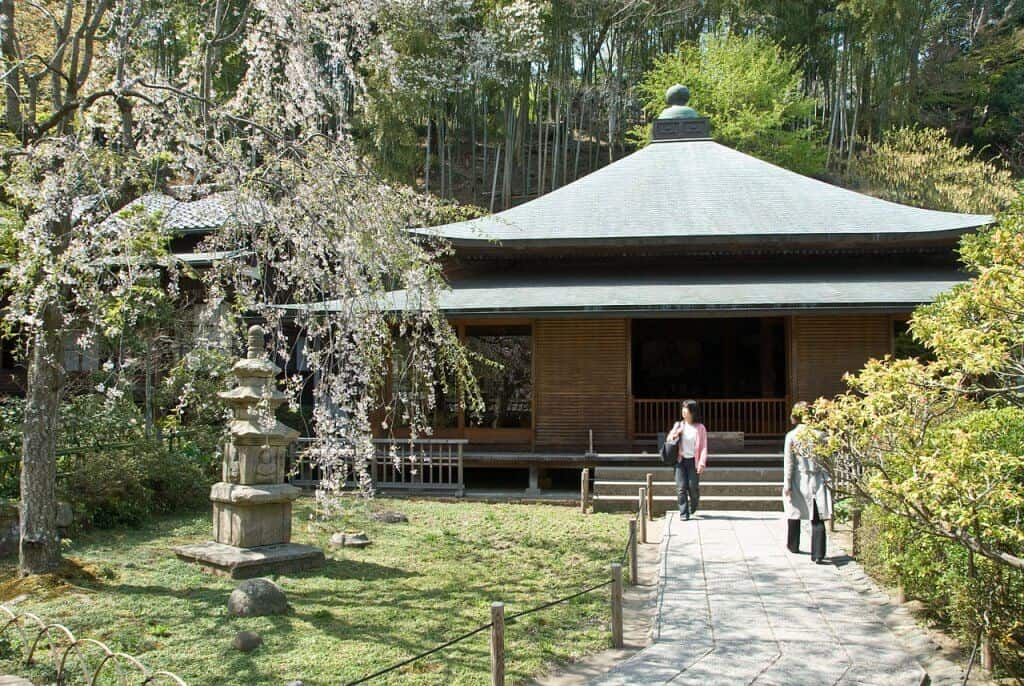 Tokei-ji Temple Side