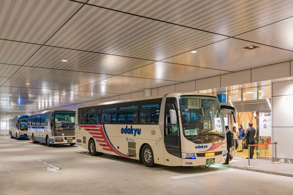 Japan on a Budget - Transporation by Bus