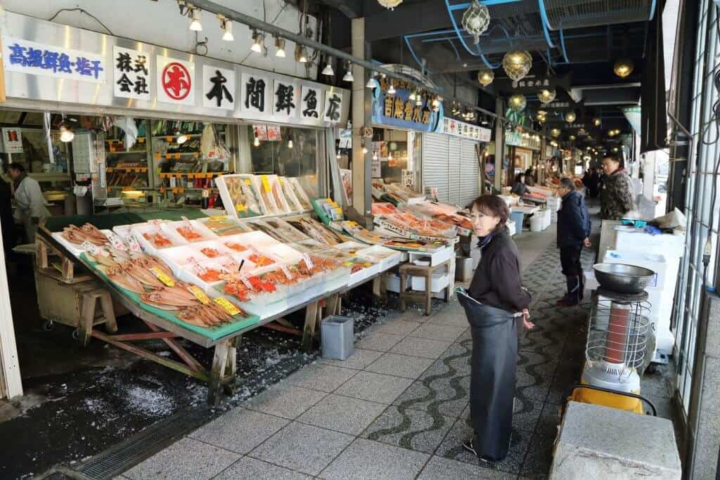 What to do in Sapporo Niji Market
