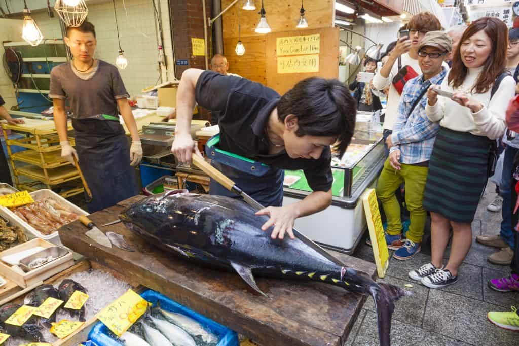 Kuromon Market Tuna Cutting